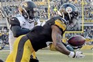 Le'Veon Bell pulls in a pass for a touchdown against the Jaguars.